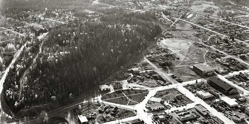 N993.11.1.2145.11  An aerial view of the City of Prince George, specifically City Hall and Connaught Hill (1953)